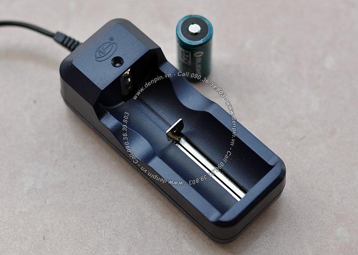 Sạc đơn pin Li-ion 18650 - 3.7V 2